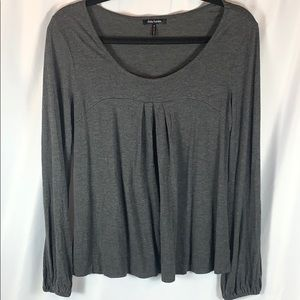 Daisy Fuentes Charcoal Top